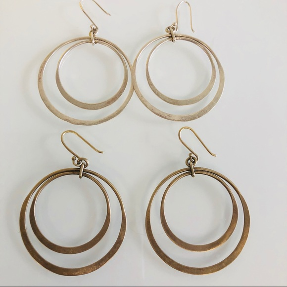 68f1141a0 Banana Republic Jewelry - 2 pairs banana republic drop earrings
